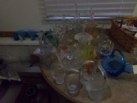 LARGE COLLECTION OF GLASS BASKETS
