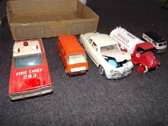 BOX LOT INCLUDING METAL FIRECHIEF 283 CAR TONKA VAN FORD 1949 METAL CAR TEX
