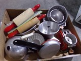 BOX LOT TOY KITCHENWARE