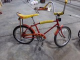 AMF ROADMASTER BIKE WITH BANANA SEAT