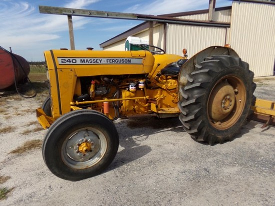 #401 MF 240 TRACTOR DIESEL 6585 HRS 3 PT HITCH SN 526247