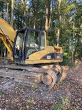 #201 2005 EXCAVATOR CAT 320 CL 5684 HRS HYD THUMB ID CAT0320CTANB01685