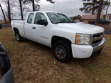 #2301 2007 CHEVROLET TRUCK EXT CAB 4 DOOR 202708 MILES AUTO TRANS 4.3 V8 AM