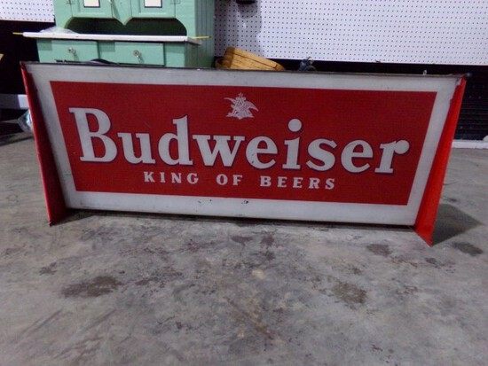 """BUDWEISER KING OF BEERS LIGHTED SIGN APPROX 38"""" X 15"""""""