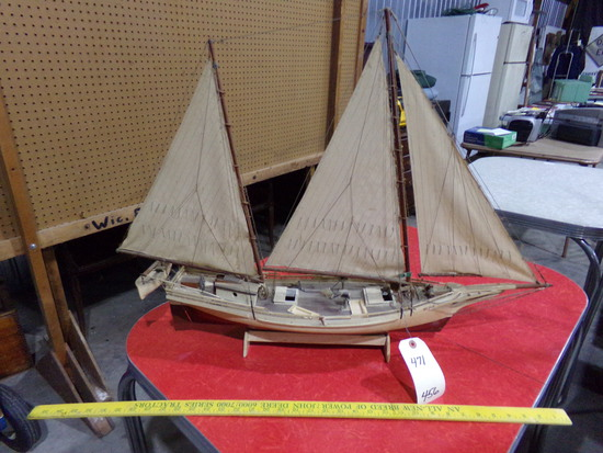 WOODEN SKIPJACK MODEL BUILT BY JOHNNY NORTH FROM WINGATE MARYLAND ENTITLED