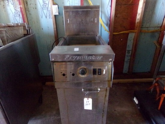 FRYMASTER DEEP FRYER PROPANE MOD MJ145EBLMSC ON CASTERS