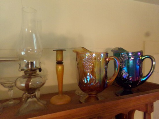 CONTENTS ON TOP OF CHINA HUTCH INCLUDING CARNIVAL GLASS GRAPE PATTERN PITCH
