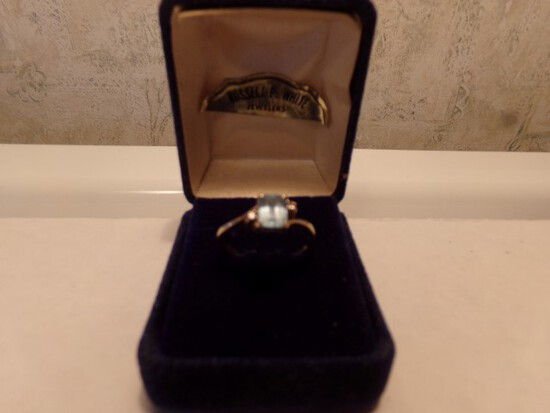 14 KT YELLOW GOLD RING WITH AQUA STONE 1.4 DWT