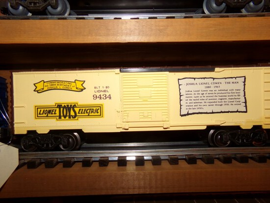 SET OF FOUR LIONEL BOX CARS INCLUDING GOLDEN YEARS 9433 COMMEMORATING 100TH