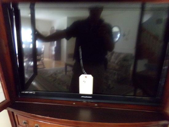 FUNAI FLAT SCREEN TV 31 INCH