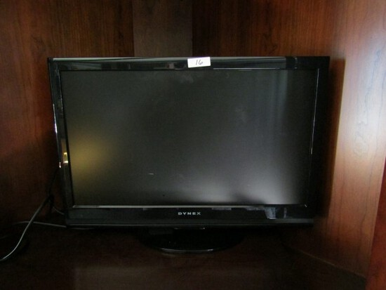 DYNEX FLAT SCREEN TV APPROXIMATELY 30 INCH