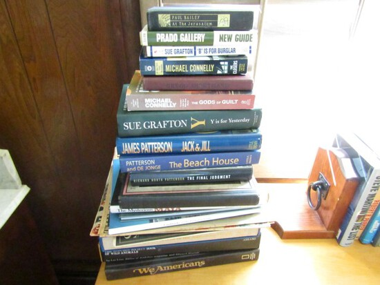 COLLECTION OF HARDBACK AND SOME PAPERBACK BOOKS INCLUDING THE AUDUBON SOCIE