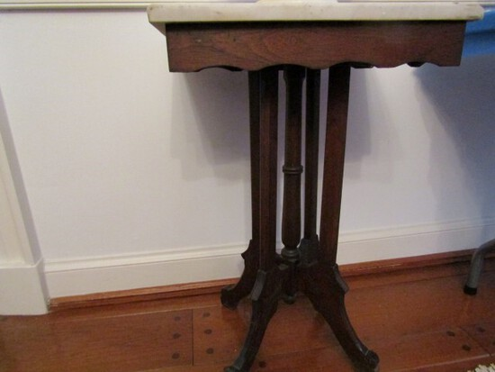 28 INCH TALL EASTLAKE VICTORIAN MARBLE TABLE