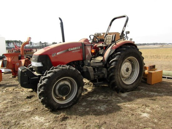 TRACTOR & FARM IMPLEMENT & VEHICLE AUCTION