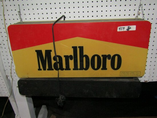 LIGHTED MARLBORO SIGNED WITH ELECTRIC SCROLLING BOTTOM APPROXIMATELY 28 X 1