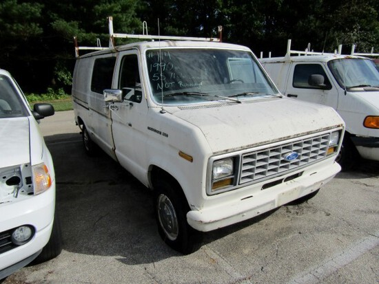 1990 FORD E250 CARGO VAN NOT RUNNING 55710 MILES SHOWING AUTO TRANS 5.0 L A
