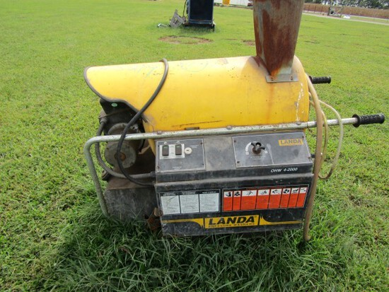 #3219 1999 LANDA PRESSURE WASHER DIESEL MOD OHW4 2000 NO KEYS