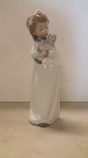 Llardo Girl with Doll
