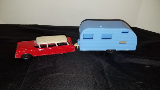 1950s Tootsie Toy Station Wagon & Camper
