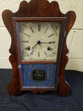 Brewster Mfg. Co. Shelf Clock