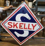 Rare SKELLY Porcelian D/S W/Ring Sign