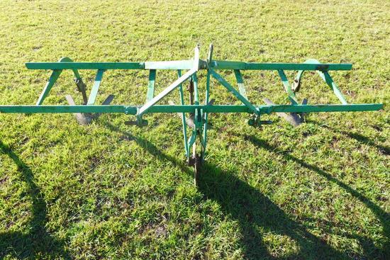 Deereborn 3 Pt. Hitch 2-Row Cultivator w/ Middle