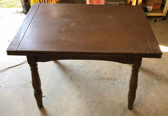 Breakfast Table with Turned Legs & Slide-Out Leaf,