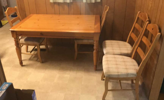 Rectangular Pine Dining Table with Turned Legs &