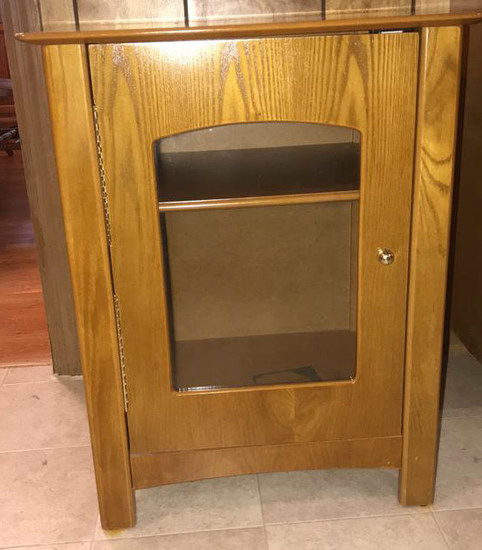 "Glass Front Cabinet--20"" x 15 3/4"", 25"" High"