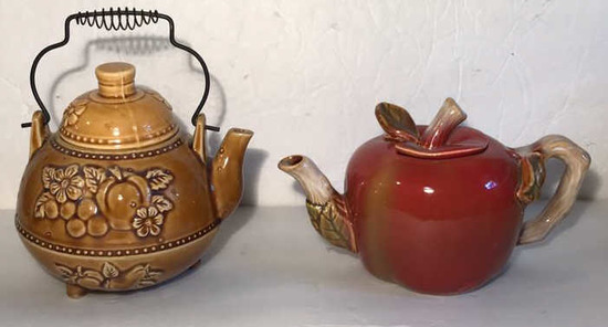 (2) Collectible Teapots