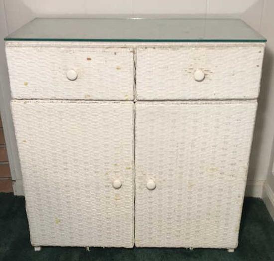 """Wicker 2-Door, 2-Drawer Stand, 25""""x13"""", 26 1/12"""