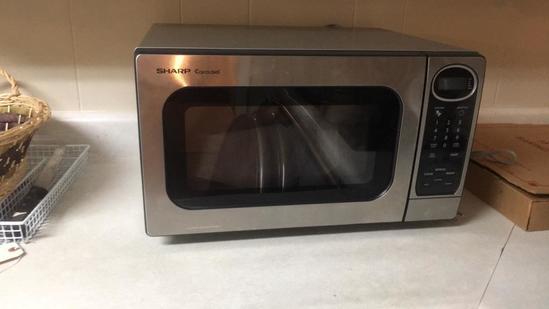 Sharpe Carousel Microwave