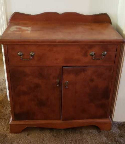 1-Drawer, 2-Door Cabinet, Brass Hardware,