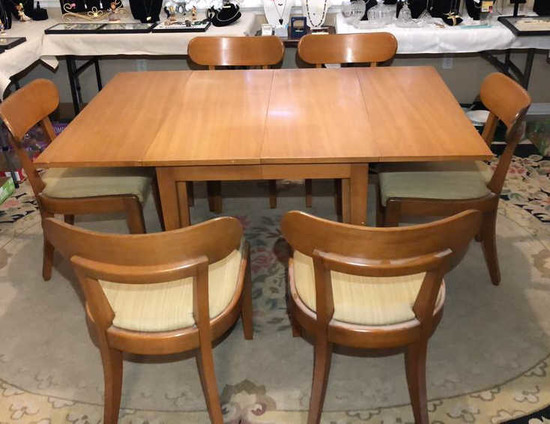 Mid Century Modern Drop Leaf Dining Table w/3