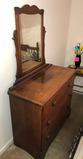 (4) Drawer Dresser w/Swivel Mirror