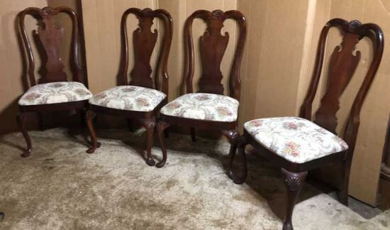 Set of (4) Queen Anne Dining Chairs
