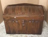 Antique Dome Top Trunk--32