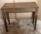 Wooden Lift Top Piano Bench