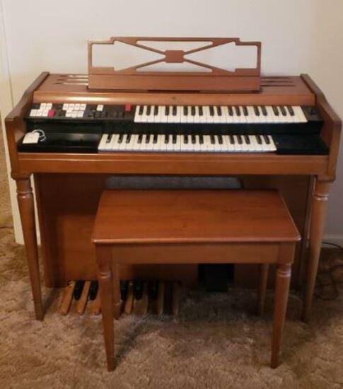 Wurlitzer Organ w/ Bench