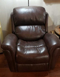 Electric Recliner w/Charging Port