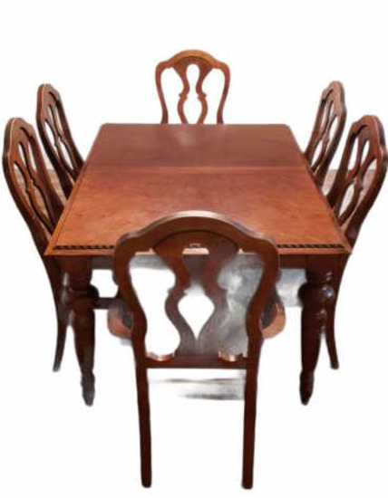 Vintage Dining Table with Turned Legs and (6)