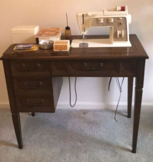 Vintage Singer Sewing Machine Table with Singer