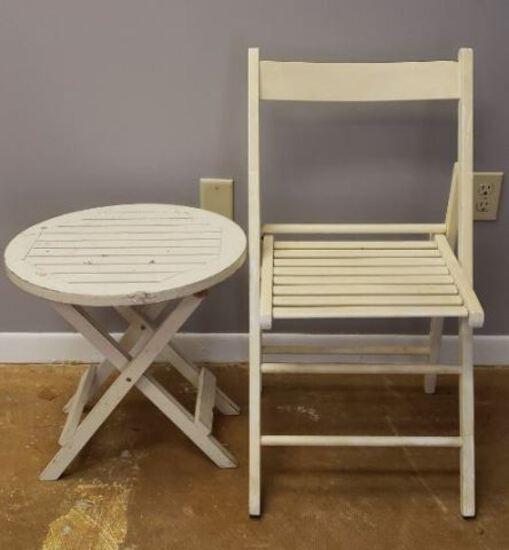 Folding Chair w/Table
