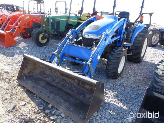 NEW HOLLAND TC40D 4WD/HST/LDR/    Auctions Online | Proxibid