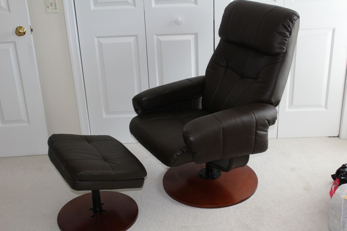 Admirable Nice Swivel Recliner With Matching Ottoman Made By Short Links Chair Design For Home Short Linksinfo