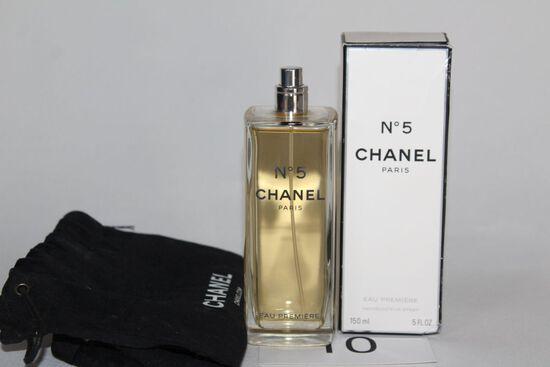 CHANEL #5 Paris Perfume W/Drawstring Bag