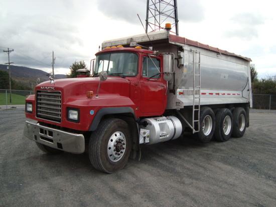 (Unit #7-90) 2000 MACK Model RD688S Tri-Axle Dump Truck, VIN# 1M2P270C2YM05