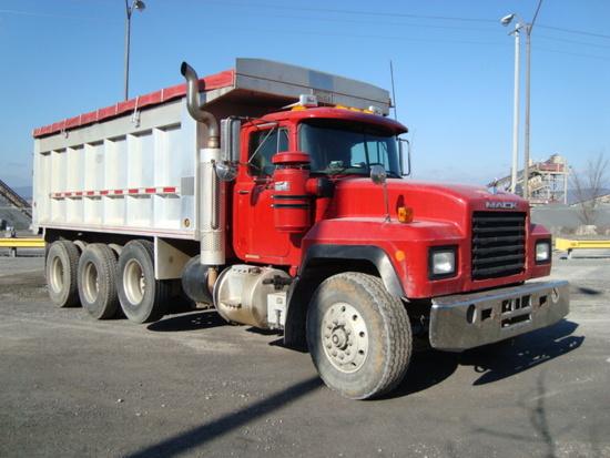 (Unit #7-155) 1999 MACK Model RD688S Tri-Axle Dump Truck, VIN# 1M2P267C5XM0