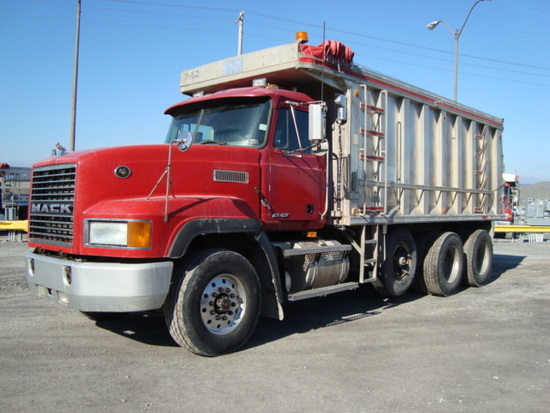 (Unit #7-52) 1995 MACK Model CL713 Tri-Axle Dump Truck, VIN# 1M2AD62C5SW002