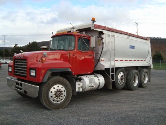(Unit #7-71) 1999 MACK Model RD688S Tri-Axle Dump Truck, VIN# 1M2P270CXXM04